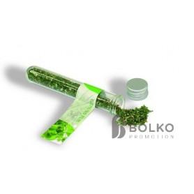 Fűszerek üvegcsőben