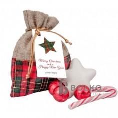 Karácsonyi ajándékok Juta zsákban