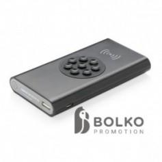 8.000 mAh 5W-os vezeték nélküli powerbank C típussal, fekete